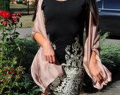 prabangi juoda klasikine suknele