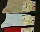 Įvairių spalvų moteriškos kojinės po 60ct.