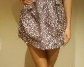 Margas sijonas su petnešomis, aukštu liemeniu