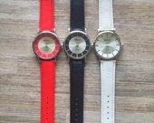 Geneva laikrodis raudona,juoda ar balta apyranke
