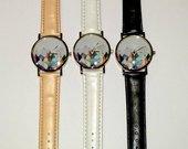 Naujas rankinis laikrodis su trikampiukais