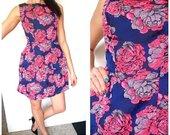 Puošni standi suknelė