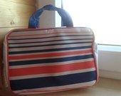 Nereali maristinio stiliaus kosmetiniė-lagaminėlis