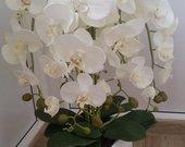 Parduodamos dirbtinių gėlių puokštės