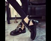 Nauji batai su auksinem detalem