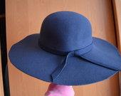Skrybėlė (NAUJA), tamsiai mėlynos spalvos