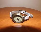 Laikrodis balta apyranke