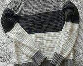 Minkstas megztas megztinis