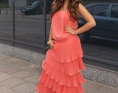 Koraline ilga suknele