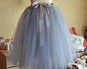 Pilkas tiulio sijonas