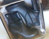Nauji natūralios odos batai 39 išmera