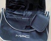 MAC didele kosmetine juoda