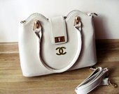 Chanel rankinė