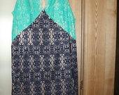 Nėriniuota suknelė su pamušalu be rankovių