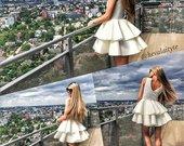 Balta trumpa pūsta suknelė