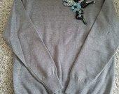 naujas,puosnus moteriskas megztinis