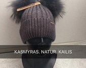 Naujos kašmyrinės kepurės su naturaliu kailiu