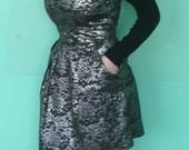 Daili berankovė suknelė