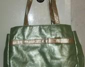 Žalias rankinukas