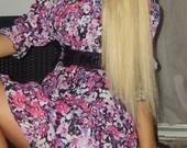 Geleta spalvota suknele