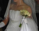 Elegantiska, daili vestuvine suknele