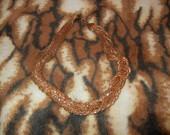 Masyvus grazus auksinis kaklo papuosalas