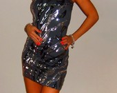 Pilka zerinti tunika-suknele