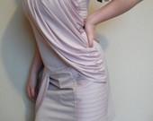 Nauja ispudinga suknele