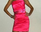 Nuostabaus grozio rozine suknele