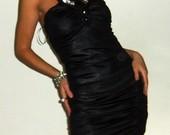 juoda odos imitacijos suknele