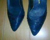 tamsiai mėlyni bateliai