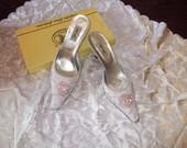 Vestuviniai balti bateliai