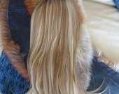 Natūralus plaukai sruogoti