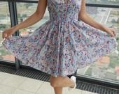 Marga gėlėta suknutė