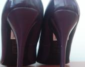 Violetiniai aukštakulniai