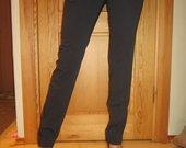 Klasikinės siaurėjančios kelnės