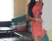 klasikine ryski aptempta persikine suknele