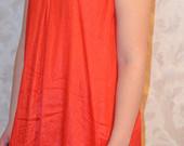 Raudona daili suknele