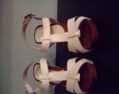 Baltos basutės