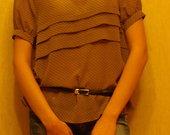 taškuoti marškinukai