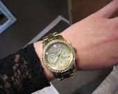 MK Michael Kors auksinis laikrodis su blizguciais