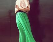 žalias ilgas sijonas