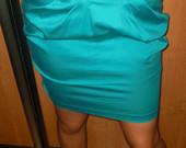 Ryškus sijonas ilgu liemeniu