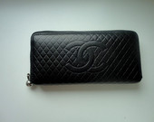 Chanel pinigine
