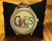 Moteriskas Guess laikrodukas uz savikaina