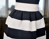 Kreminiais-juodais drižiais sijonukas