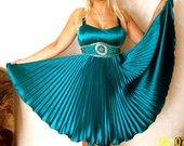 Išparduodu. Ispudinga progine suknelė