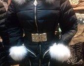 Skubiai juoda žieminė striukė