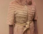 Naturalaus triusiuko kailio paltas