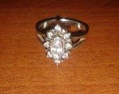 Labai dailus sidabrins žiedas